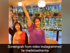 Mithun Chakraborty की बहू Madalsa ने मम्मी के साथ किया जबरदस्त डांस, Video ने मचा दी धूम