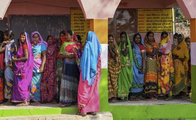 Bihar Poll of Exit Polls: 'तेजस्वी यादव नीत महागठबंधन बिहार में रह सकता है आगे…