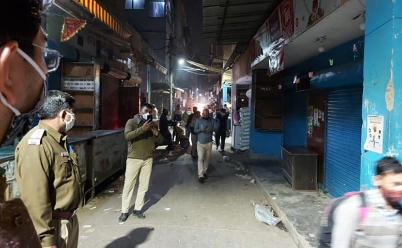 दिल्ली के दो बाजार बंद करने का आदेश वापस, COVID नियमों के उल्लंघन पर किया गया था सील
