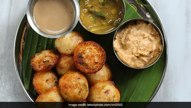 South Indian Recipes: 5 Fried South Indian Snacks That Are Perfect For Every Season