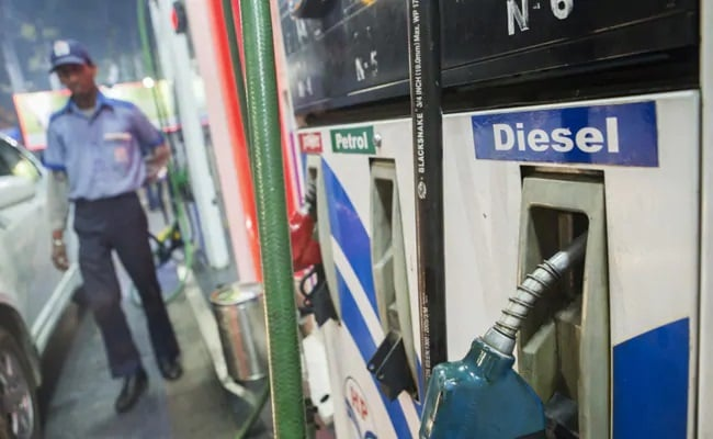 The fuel prices differ from state to state, which depends on the value-added tax (VAT)