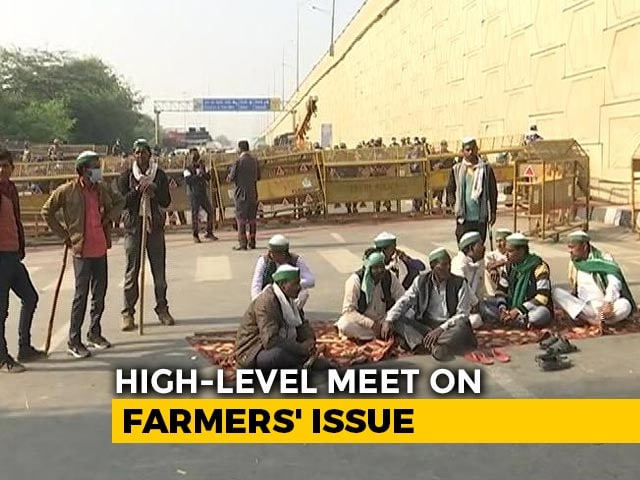 Video : Amit Shah Meets Agriculture Minister As Farmers Threaten To Block Delhi