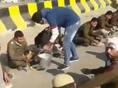 As Farmers, Police Face Off In Delhi, Haryana Religious Centre Feeds Cops