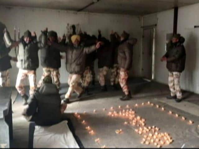 Video : How Paramilitary ITBP Celebrated Diwali In Ladakh