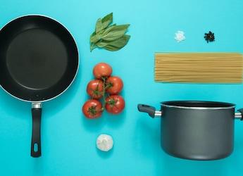 Amazon Sale 2021: Get Non-Stick Frying Pans Under Rs. 2000