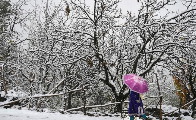 Sub-Zero Temperatures Recorded At Many Places In Kashmir, Pahalgam Coldest