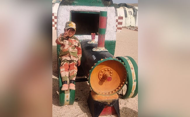 Ladakh Boy, 5, Honoured By Border Police Over Salute Video - NDTV