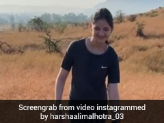'बजरंगी भाईजान' की 'मुन्नी' ने सुबह-सुबह की ट्रेकिंग, Video में वादियों में एंजॉय करती आईं नजर