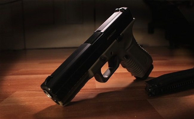 6 Customs Officials Allegedly Helped Import Guns As Toys, Face CBI Case