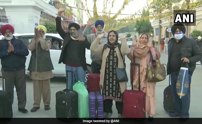 Over 600 Indian Sikh Pilgrims Arrive In Pak For Guru Nanak Dev's Birth Anniversary