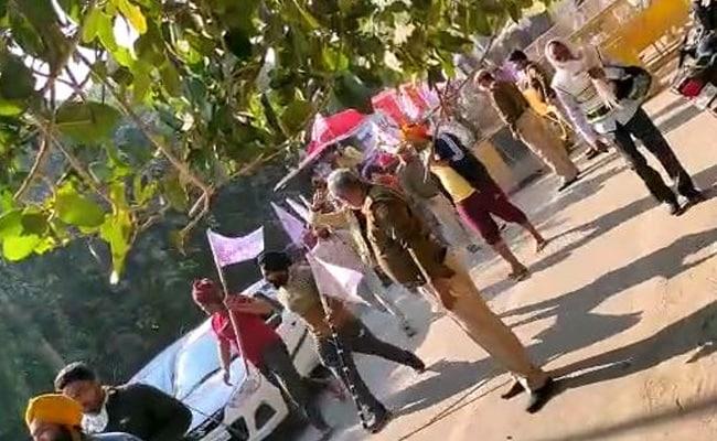 Farmers Break Barricades At Delhi-Haryana Border On Day 4 Of Protests