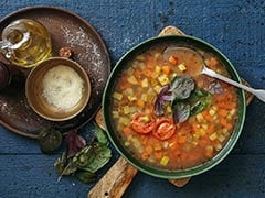 Diabetes Management: How To Make <i>Kala Chana</i> Soup For Diabetes Diet