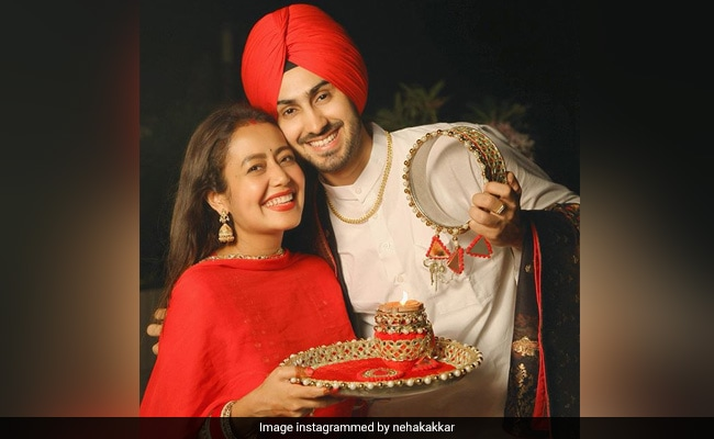 Neha Kakkar And Rohanpreet Singh Can't Stop Smiling In Pics From First Karwa Chauth