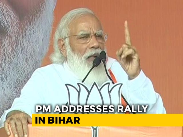 "Video : ""Not Even 100 In Two Houses"": PM Mocks Congress's Parliament Tally"