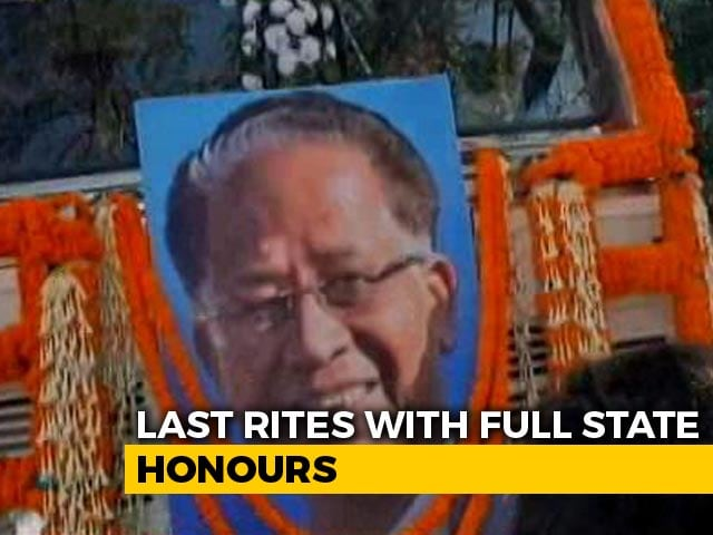 Video : Thousands Pay Last Respects To Ex-Assam Chief Minister Tarun Gogoi
