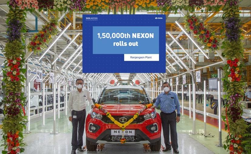 Rajesh Khatri, VP, Operations and Mohan Savarkar VP, Product Line Head, Tata Motors with the Nexon