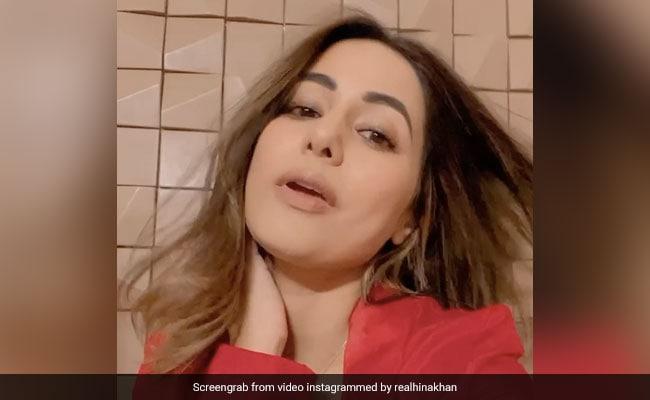 Hina Khan ने नेहा कक्कड़ के सॉन्ग पर डांस करते हुए यूं मारी आंख, बार-बार देखा जा रहा Video