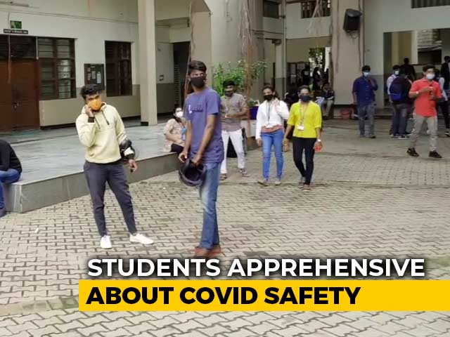 Video : Mixed Response To Colleges Opening In Karnataka