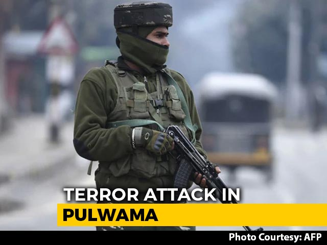 Video : 12 Injured In Grenade Attack In Jammu And Kashmir's Pulwama