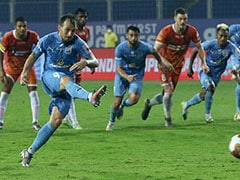 Indian Super League: Adam Le Fondre's Late Penalty Helps Mumbai City FC Beat FC Goa 1-0
