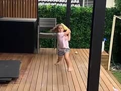Watch: David Warners Wife Candice Gives Daughters Batting Practice