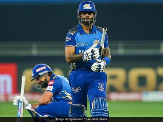 IPL 2020 Final: Suryakumar Yadav Sacrifices His Wicket For Rohit Sharma, Followers Hail MI Batsman's Selfless Act. Watch
