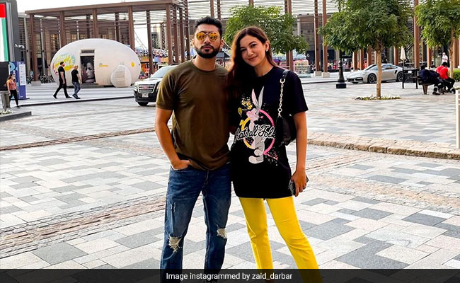 Gauahar Khan And Zaid Darbar Fly To Dubai After Engagement. See Pics