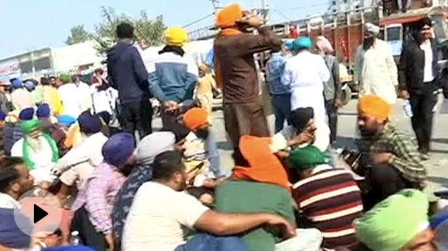 किसान नेता को दिल्ली पुलिस का नोटिस- 'आपने समझौते को तोड़ा, क्यों ना आप पर कार्रवाई की जाए', 5 बड़ी बातें