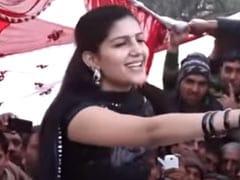 Sapna Choudhary ने देसी स्टाइल में डांस से बांधा समां, बार-बार देखा जा रहा डांस Video