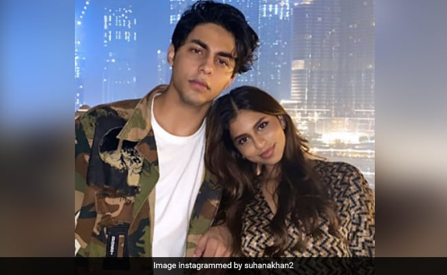 Suhana Khan's Birthday Wish For Brother Aryan Is Younger Siblings Everywhere