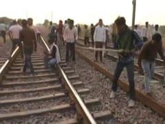 राजस्थान: गुर्जरों के आरक्षण आंदोलन के बीच रेल और रोड ट्रैफिक प्रभावित, दिल्ली-मुंबई रूट की कई ट्रेनें डायवर्ट