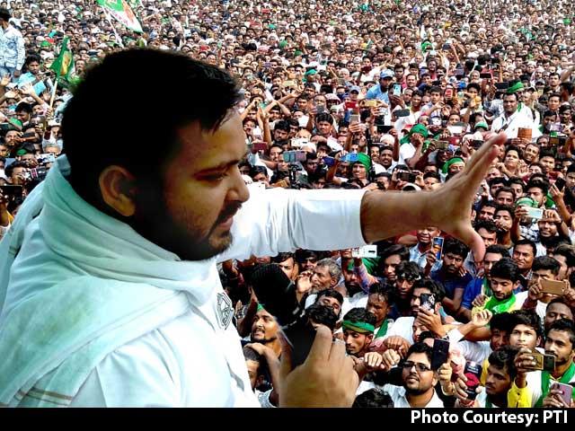 Video : Tejashwi Yadav-Led Alliance Ahead In Bihar: Poll Of Exit Polls