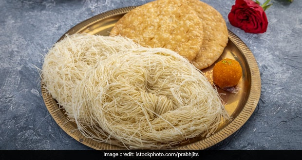 Karwa Chauth 2020: Karwa Chauth Special Sargi Here The Recipe How To Make Feni Sweet Dishes For Sargi
