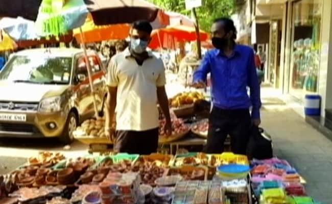 प्रकाश पर्व दीपावली के लिए बाजार में भारतीय सामान की हो रही चर्चा लेकिन अभी भी…