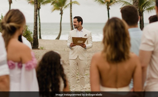 Man Marries Himself After Fiancee Breaks Up With Him