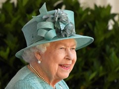 "Queen Elizabeth Says Covid Jab ""Didn't Hurt At All"""