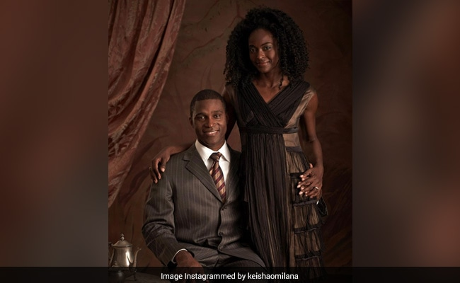 Nigerian Prince Rented Entire Restaurant For Future-Wife Who Didn't Know He's Royal