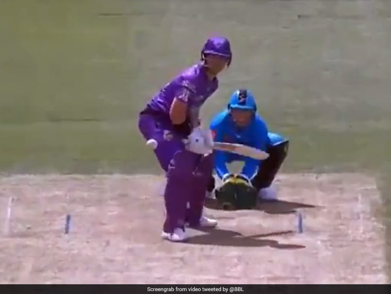 Watch: DArcy Short Tears Into Rashid Khan In Blistering Knock During BBL 2020 Match