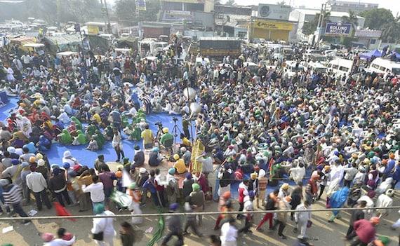 किसानों के साथ चर्चा के बाद कृषि मंत्री ने कहा, ज्यादातर बिंदुओं पर बनी सहमति, शनिवार को फिर होगी बैठक