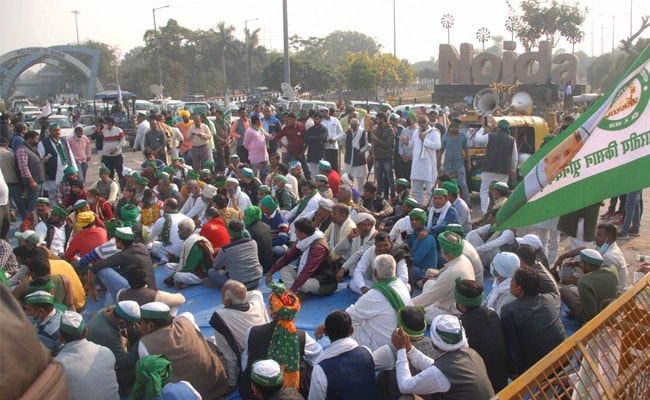 Farmers' Protest Highlights: Centre Should Repeal Farm Laws, Say Unions