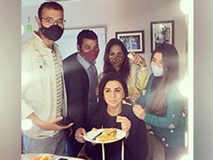 Neetu Kapoor, Back At Work, Shares BTS Pic From The Sets Of <i>Jug Jugg Jeeyo</i>
