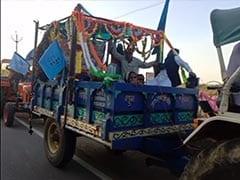 दिल्ली में चल रहे किसान आंदोलन के समर्थन में मध्यप्रदेश में ट्रैक्टर रैली