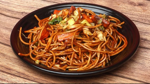 5 Yummy Schezwan Recipes To Amp Up Your Indo-Chinese Game