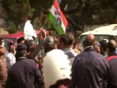 Trinamool Supporters Surround Rebel MP's Car Outside BJP Office