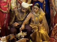 निहारिका कोनिडेला और चैतन्य ने तेलुगू रस्म से रचाई शादी, देखें दोनों की खूबसूरत फोटो