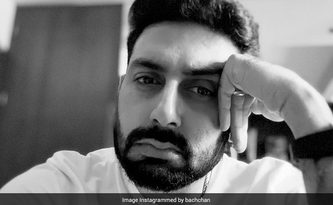 A Tweet From Abhishek Bachchan Blew Up Into A Debate Involving Akshay Kumar