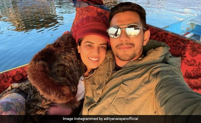 A Stunning Pic From Aditya Narayan And Shweta Agarwal's Honeymoon In Srinagar