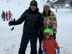 Mom-To-Be Kareena Kapoor, Who Is Missing Vacationing In Gstaad, Shares Throwback Pics