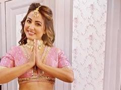 Hina Khan पिंक लहंगा पहन झूमती आईं नजर, Video पोस्ट कर बोलीं- अक्षरा वापस आ गई है...