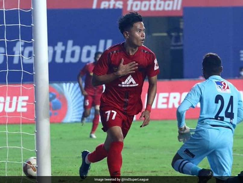 ISL: NorthEast United FC Continue Unbeaten Run As SC East Bengal Rue Luck